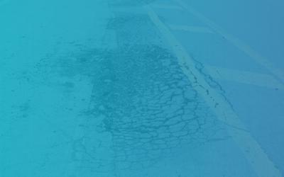 Autoschade door een slecht wegdek: wie is aansprakelijk te stellen?