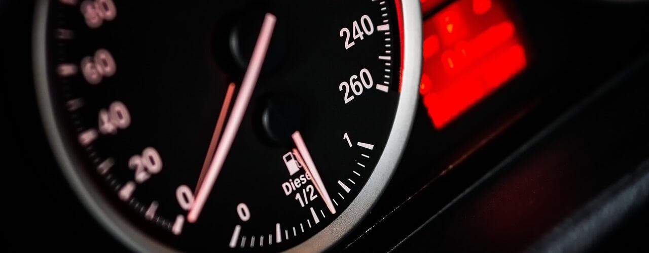 Dashboard snelle auto