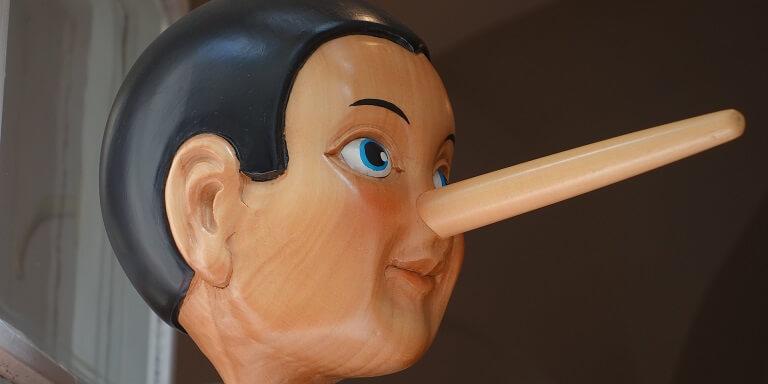 Pinocchio liegen
